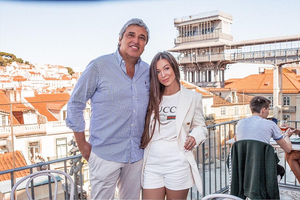 Elvira Gavrilova na wywiadzie z właścicielem sieci restauracji TOPO Chiado - António Maja (Lizbona, 2020)