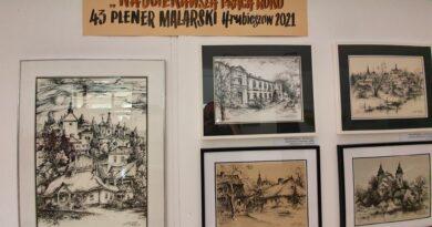 Hrubieszów: Poplenerowa wystawa w HDK (ZDJĘCIA)